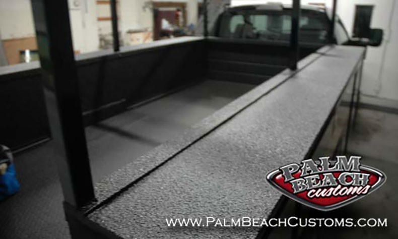 Heavy-Duty-Truck-Bednining-Ft-Myers-completely-covered-surfaces-sprayon-bedliner