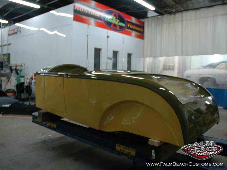 Full restoration of a 1927 Buick Roadster Classic pre-war oldtimer.