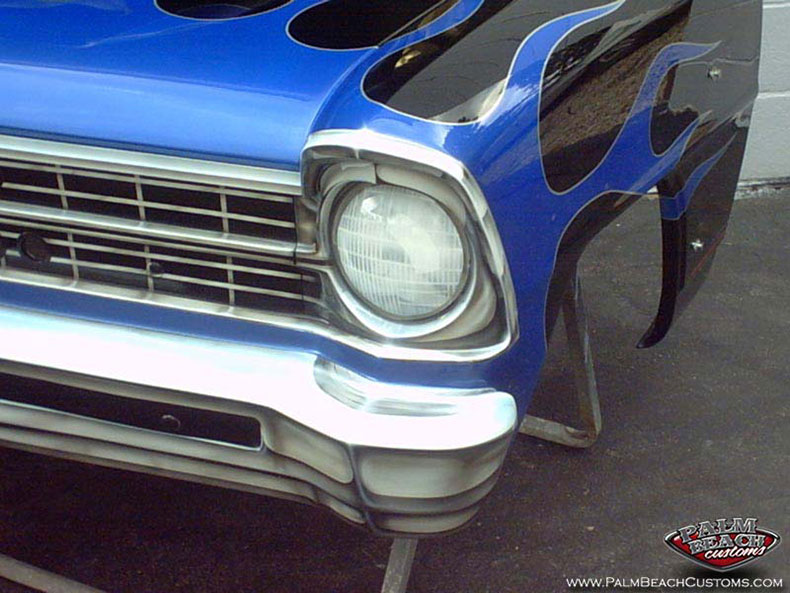 custom paint on a classic car using airbrush painting