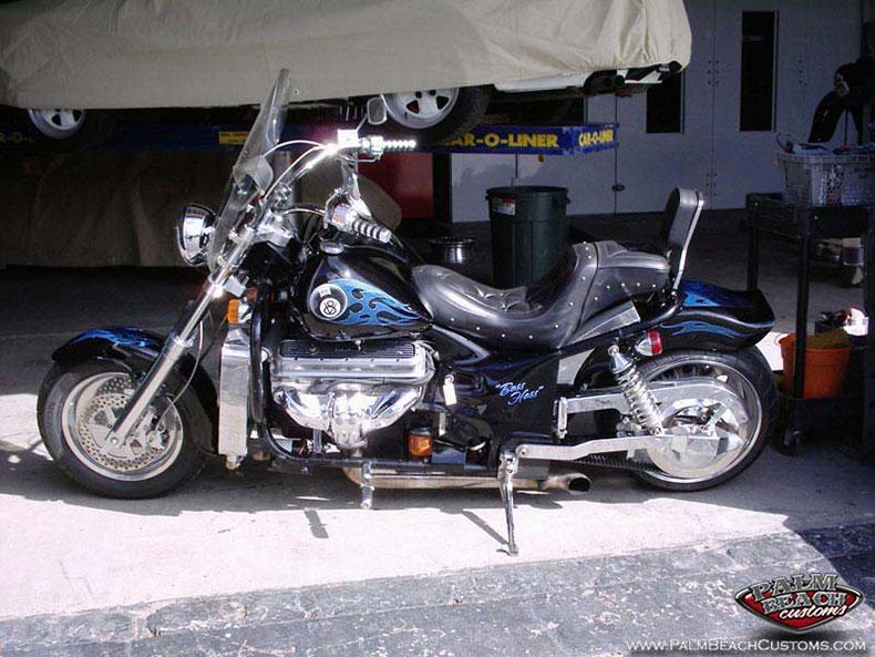 Custom graphics, airbrush, Harley bike, Ft Myers, Naples, Lee County