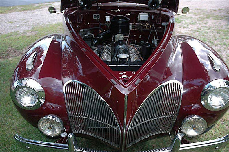 classic car In florida 1941 lincoln zephyr 1