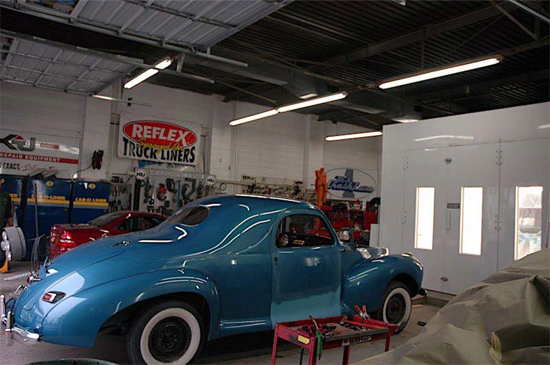 palm beach customs classic car restoration 1941 linkoln zephyr painted