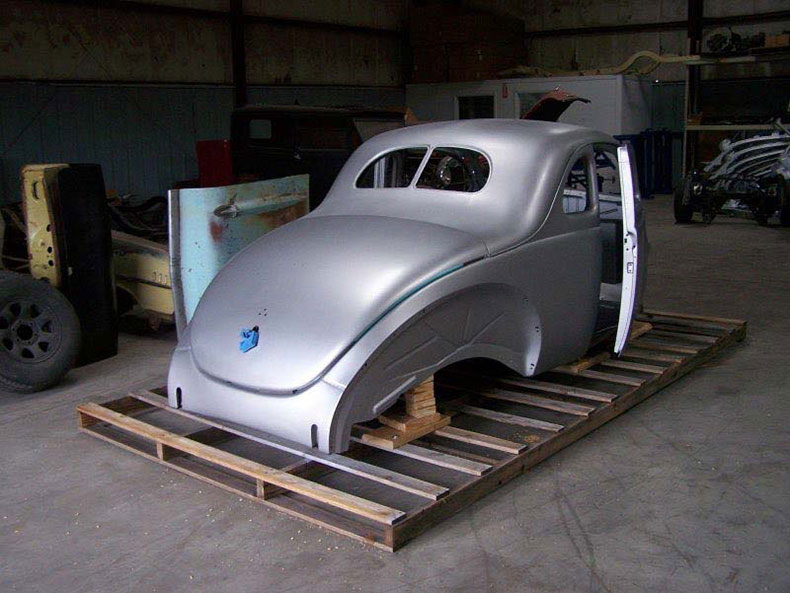 1940 ford coupe body with stock firewall doors deck lid