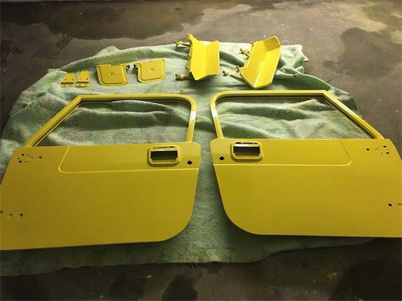 CJ-7 door assembly